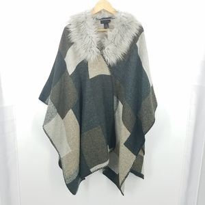 Steve Madden Faux Fur Collar Cape Poncho OS